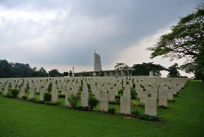 クランジ戦没者共同墓地(シンガポール)はガーデニング墓地